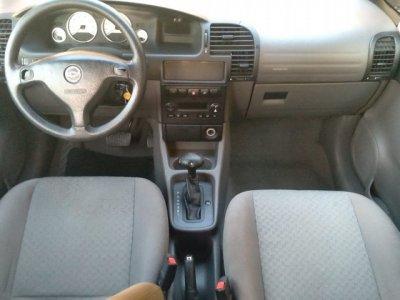 Veículo ZAFIRA 2009 2.0 MPFI EXPRESSION 8V FLEX 4P AUTOMÁTICO