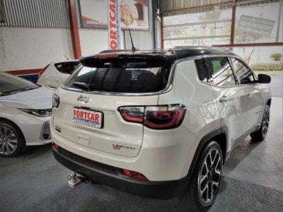 Veículo COMPASS 2020 2.0 16V DIESEL LIMITED 4X4 AUTOMÁTICO