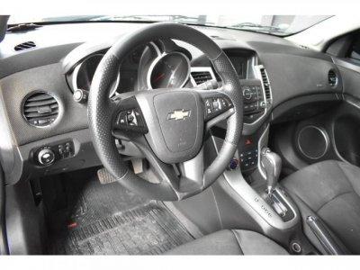Veículo CRUZE SEDAN 2012 1.8 LT 16V FLEX 4P AUTOMÁTICO