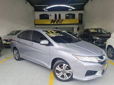 Veículo CITY 2017 1.5 LX 16V FLEX 4P AUTOMÁTICO