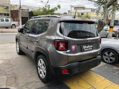 Veículo RENEGADE 2018 1.8 16V FLEX LIMITED 4P AUTOMÁTICO