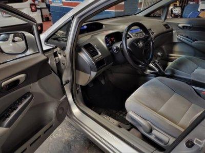 Veículo CIVIC 2007 1.8 LXS 16V GASOLINA 4P MANUAL