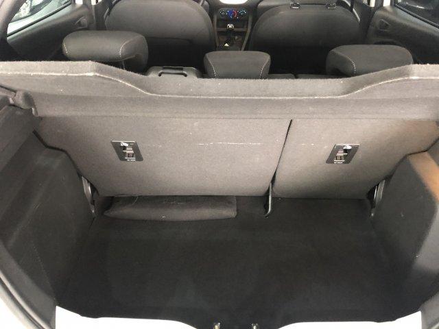 Veículo KA 2017 1.0 SE 12V FLEX 4P MANUAL