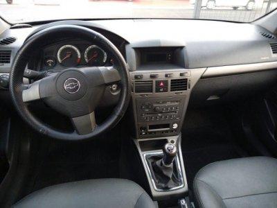 Veículo VECTRA HATCH 2009 2.0 MPFI GT HATCH 8V FLEX 4P MANUAL