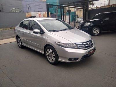 Veículo CITY 2014 1.5 LX 16V FLEX 4P AUTOMÁTICO