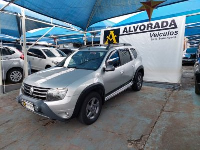 Veículo DUSTER 2014 2.0 DYNAMIQUE 4X2 16V FLEX 4P AUTOMÁTICO