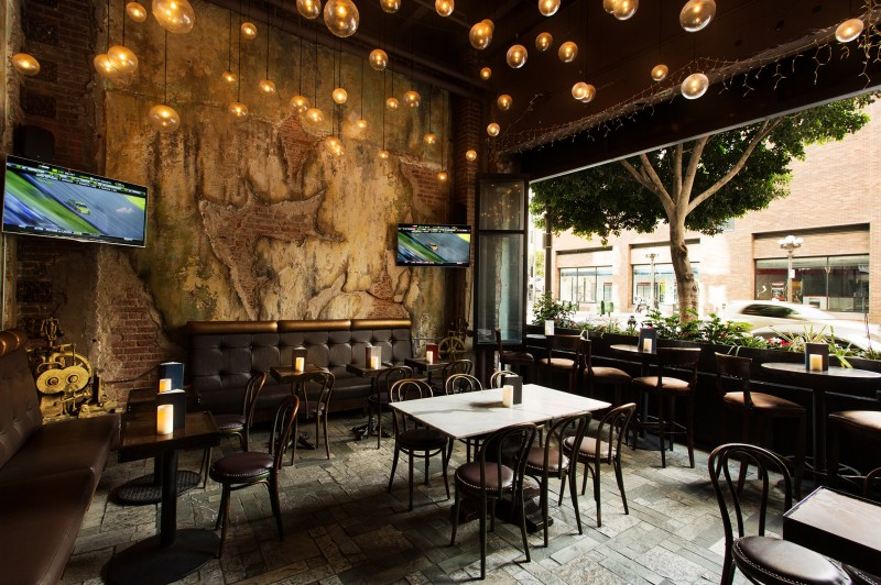 Salvage Bar Lounge In Los Angeles
