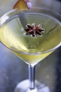Ginger Spiced Caramel Apple Martini