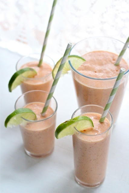Papaya and coconut smoothie