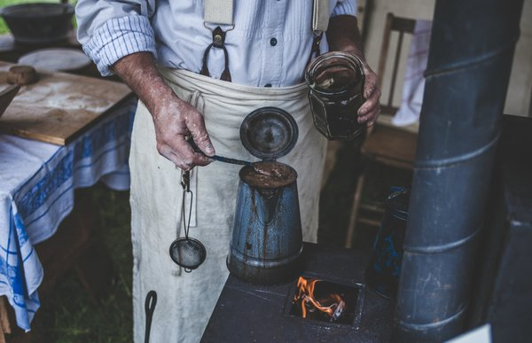 Old fashioned coffee making