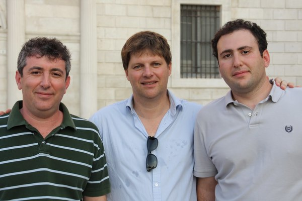 Alex and Vitaliy Katsenelson with Guy Spier in Trani a few years ago
