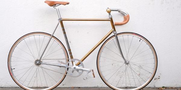 A gilded ride deserves a few balleur upgrades.