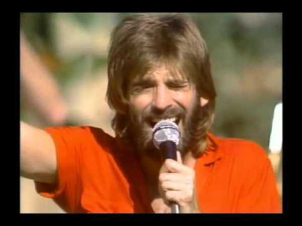 Kenny Loggins Celebrate Me Home - YouTube