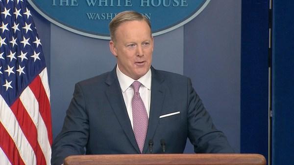 Sean Spicer, de woordvoerder van Trump in het Witte Huis.