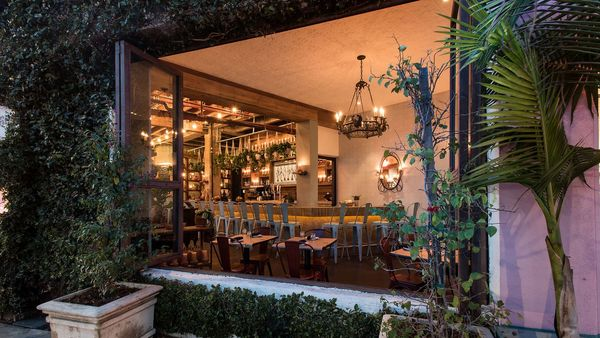 Maré Charms Silver Lake With Low Lighting and Late Nights | Eater LA