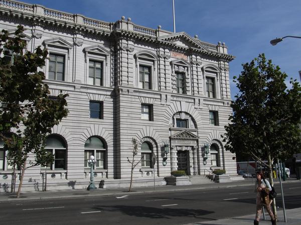 De federale rechtbank in San Francisco buigt zich vandaag over het verzoek van het Witte Huis om het inreisverbod voor burgers uit zeven landen weer in te stellen (foto: Ken Lund/flickr)