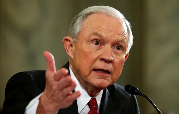 Jeff Sessions (foto: Reuters)