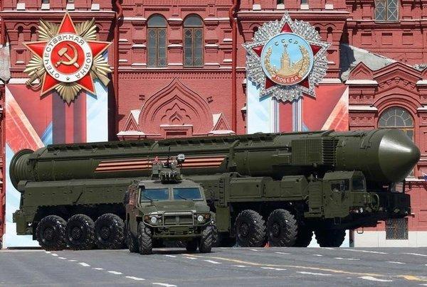Een RS-24 lange-afstandsraket van de Russische strijdkrachten (foto: Reuters)