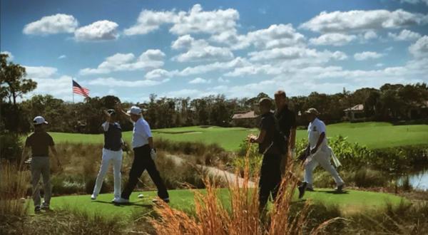 Trump had de Japanse premier Abe te gast op zijn luxe golfresort in Florida (foto: Donald Trump)