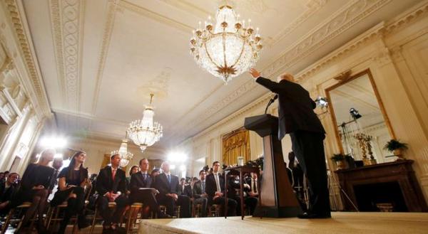 Trump haalde afgelopen donderdag op een persconferentie haerd uit naar de media (foto: reuters)