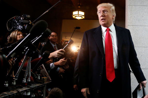 President Trump arriveert in het Capitool voor een ontmoeting met Republikeinse Congresleden over Obamacare (foto: Reuters)