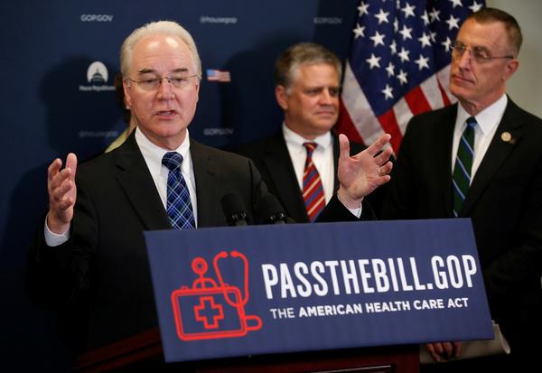 Minister Tom Price van Volksgezondheid roept zijn partijgenoten op de nieuwe zorgwet aan te nemen (foto: Reuters)