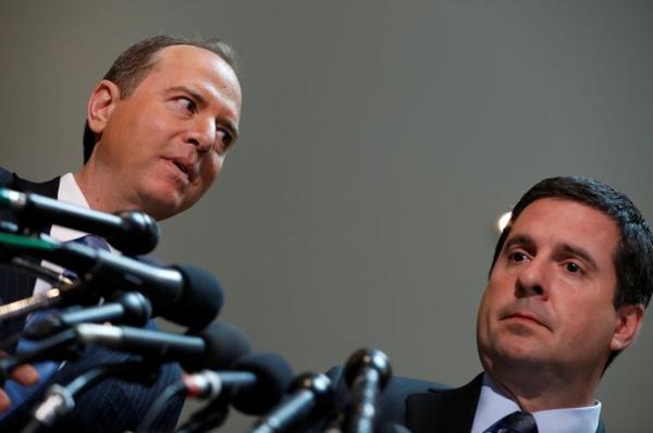 Het Democratische Congreslid Adam Schiff (links) en de Republikein Devin Nunes liggen op ramkoers (foto: Reuters)