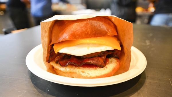 Eggslut Is Glendale's Bright New Breakfast Dominator | Eater LA