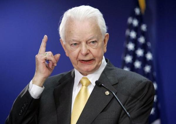 De Byrd Rule is vernoemd naar de inmiddels overleden senator Robert Byrd (foto: Reuters)