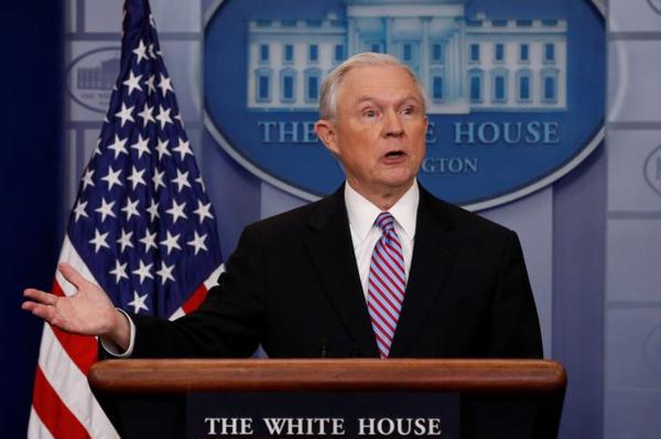 Minister Jeff Sessions van Justitie (foto: Reuters)