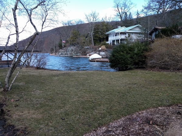 I think I like lakes. Greenwood Lake, New York.