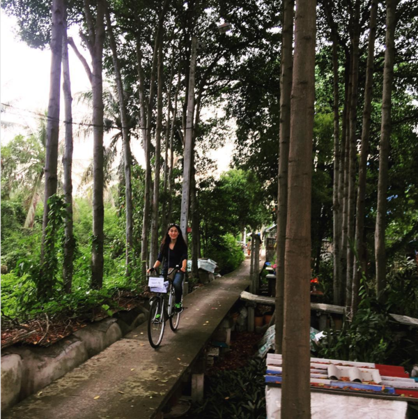 So many things that we take for granted exist in a fine balance, like bicycling on the narrow walkways in Sri Nakhon Khuean Khan Park in Bangkok... :)