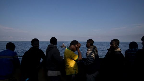 Thousands of migrants rescued in 3 days in Mediterranean - ABC News