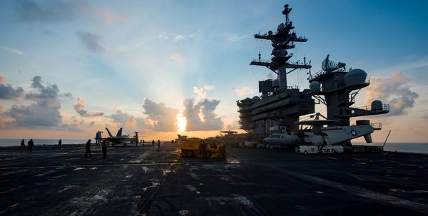 Het Amerikaanse vliegdekschip Carl Vinson (foto: Reuters)