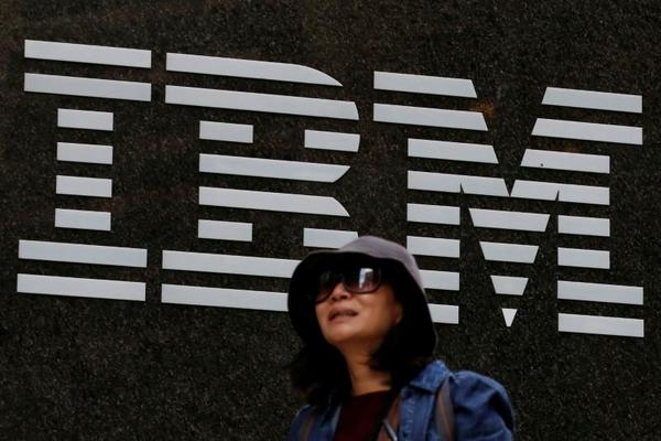IBM posts first revenue miss in five quarters, shares tumble