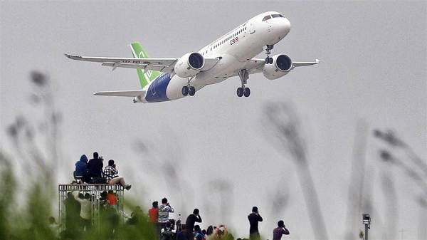 "China's ""homegrown"" C919 Passenger Jet"