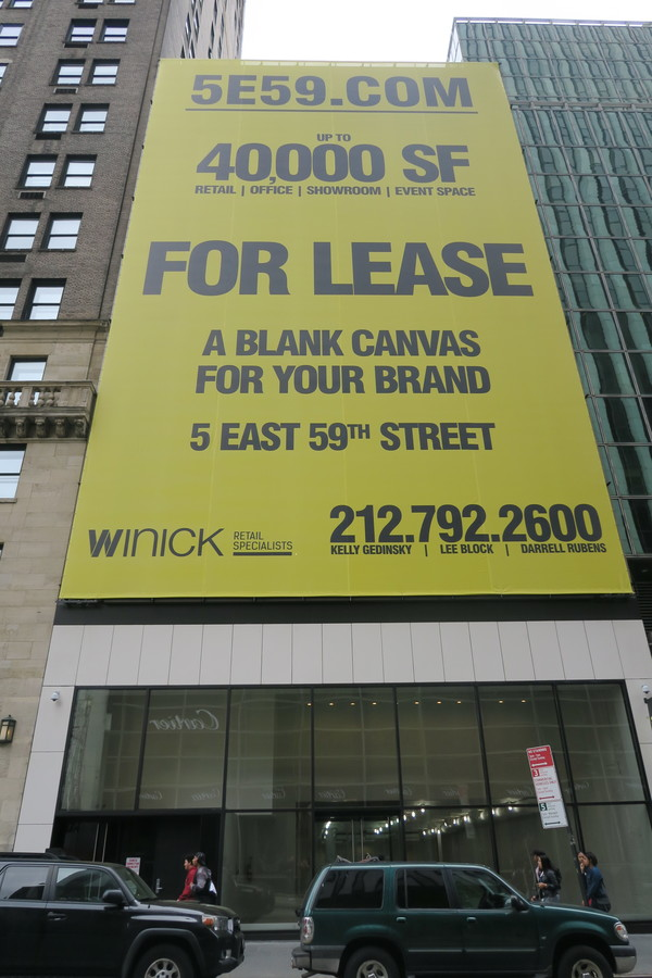 Snapchat store was a pop-up just on the corner on Fifth Avenue, next to Apple