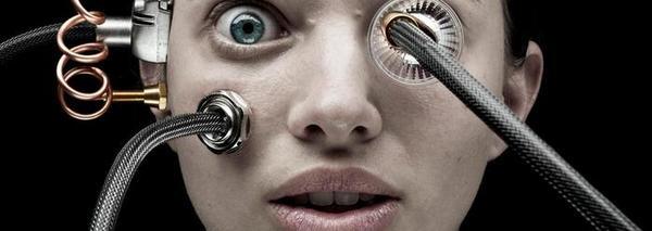 Hoe gaat de mens zich weren in het robottijdperk? - Laurens Verhagen - de Volkskrant