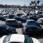 A Single Autonomous Car Has a Huge Impact on Alleviating Traffic