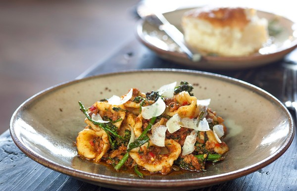 Felix Review: Evan Funke's Trattoria Promises Pasta Perfection in Venice   L.A. Weekly