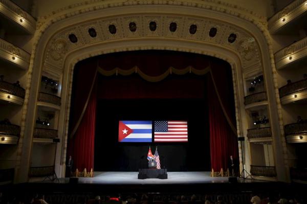 President Obama markeerde vorig jaar de ontdooiende relatie tussen Cuba en Amerika met een bezoek aan Havana (foto: Reuters)