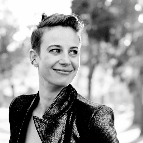 🎙 @alyshanaples will be speaking at @DesignUpConf