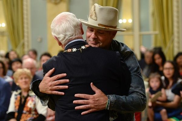 """""""Gord Downie is considered one of Canada's most beloved artists"""" 🇨🇦"""