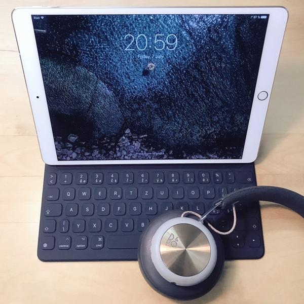 """Nový iPad Pro 10,5"""", Apple klávesnice, Beoplay H4"""