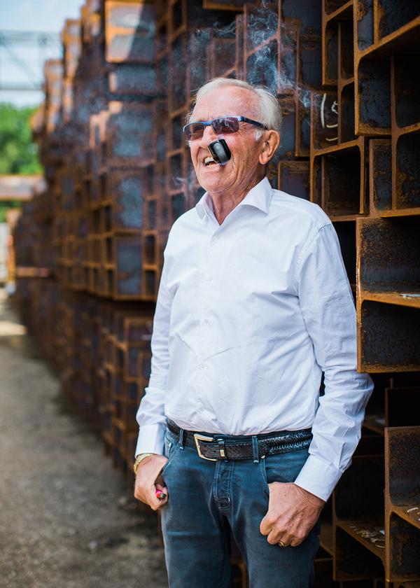 Portretteerde ik Henk Swanenberg, staalhandelaar en multimiljonair uit Schaijk. Maar vooral een bijzondere en sympathieke man om te portretteren.