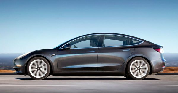 Tesla Model 3 first drive: this is the car that Elon Musk promised