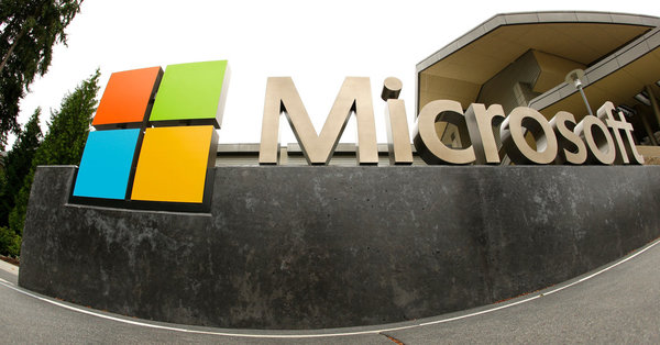 Microsoft Shifts From Paying Outside Lawyers by the Hour