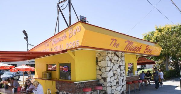Four Old School Food Stands to Discover in the San Fernando Valley | Eater LA
