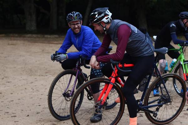 Chatting with Griggsy about riding in Sardinia. Photo: The Woods Cyclery