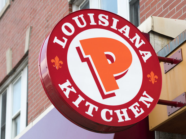 California Restaurant Admits to Serving Popeyes Fried Chicken | Food & Wine